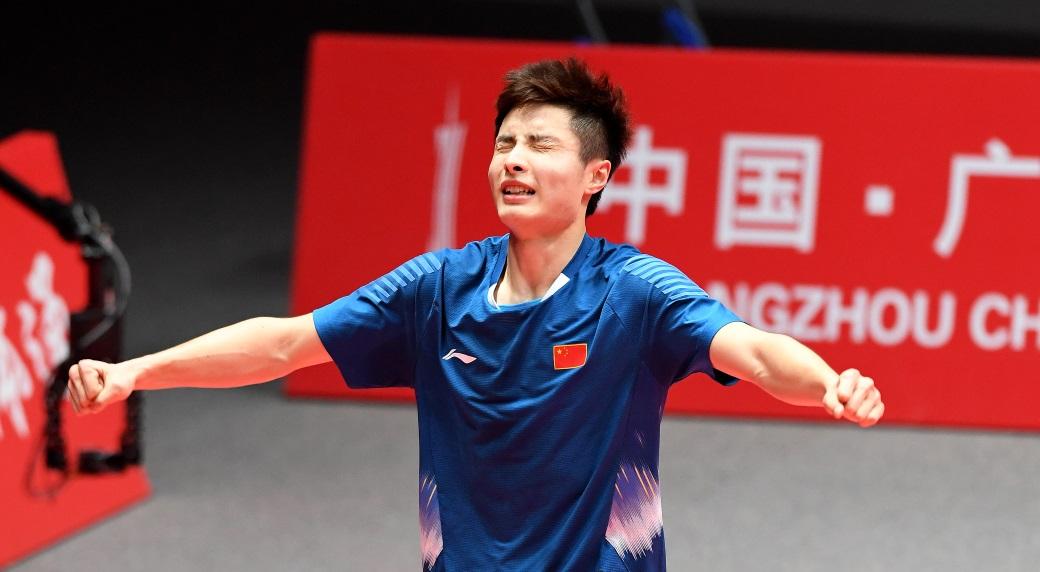 石宇奇桃田晋级决赛 —— 2018汇丰世界羽联世界巡回赛总决赛第四日
