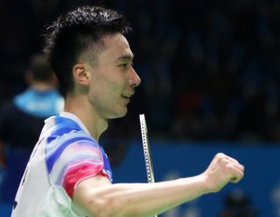 Below-Par Momota Crashes Out – Indonesia Open: Day 3