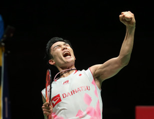 Momota, Marin Headline Badminton's Return